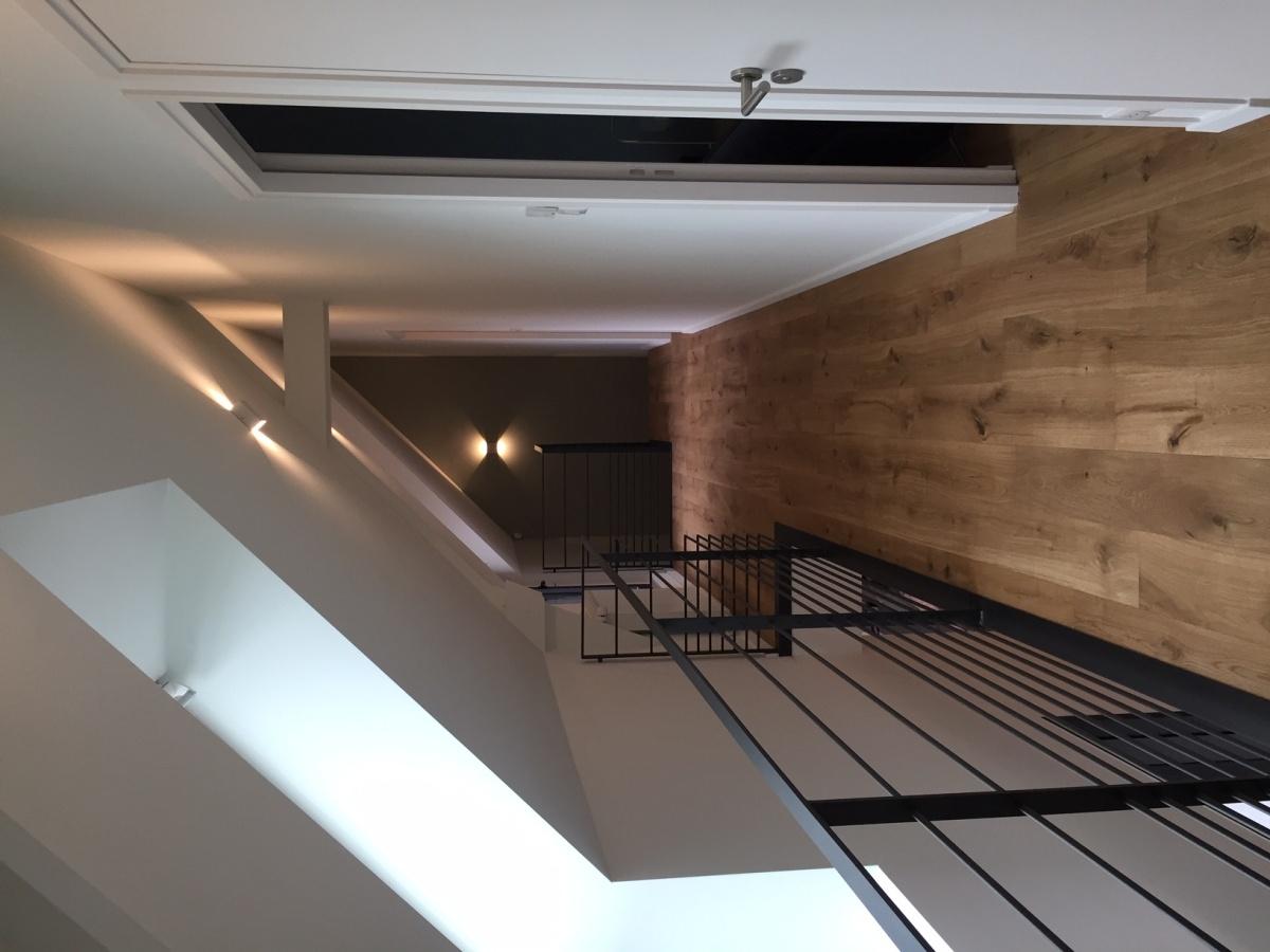 CONSTRUCTION D'UNE MAISON DE VACANCES : couloir